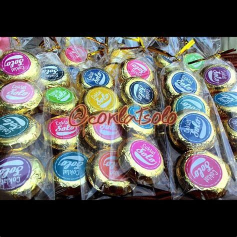 solo ethnic coklat coklat koin souvenir