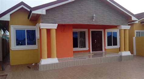 bed rooms house  sale  spintex road accra