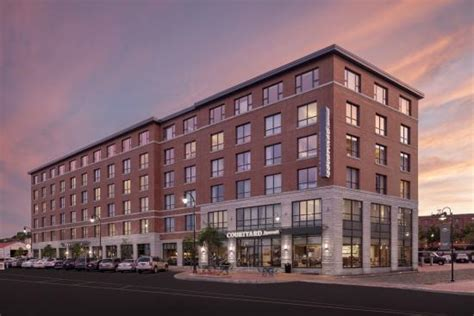 courtyard portland downtown waterfront maine hotel reviews tripadvisor