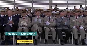 14 Juillet 2017 Reims : quand la garde r publicaine joue du daft punk sur les ~ Dailycaller-alerts.com Idées de Décoration