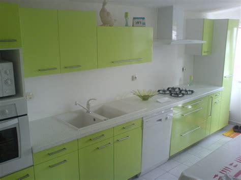 meuble cuisine a peindre comment peindre les meubles de cuisine avec de la résine