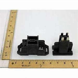 Disconnect Switch For Carrier Part  Hr61bz240