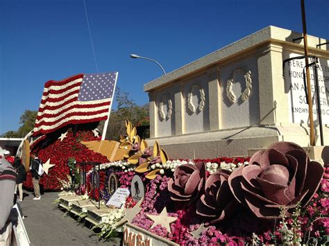 2015 Oddfellows and Rebekahs | Rose parade, Parade float ...