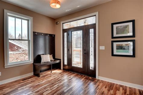 Balterio Laminate Flooring Reviews for Transitional Entry
