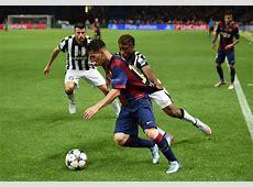 Lionel Messi Photos Juventus v FC Barcelona UEFA