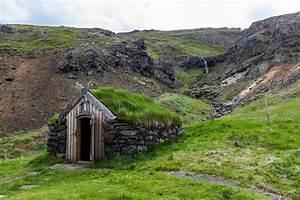 Grass Roofs Across the Globe [54 PICS]