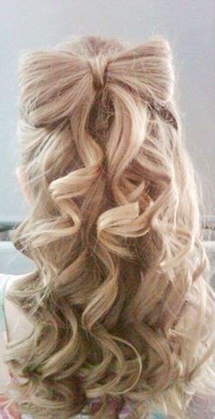 25 Best Ideas About Cute Curly Hairstyles On Pinterest