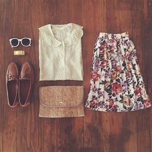 Love the vintage feel of this ensemble! Great outfit for a ...