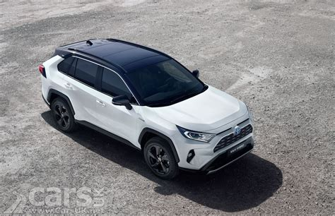 toyota rav uk prices  specs   hybrid