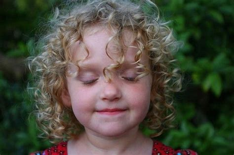 Kid Hairstyles For Curly Hair by Best 25 Curly Hairstyles Ideas On