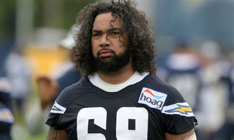 Chargers name Sam Tevi as starting left tackle