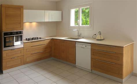 cuisine ch麩e massif cuisine en chene massif meubles cuisine bois massif meuble cuisine bas bois brut