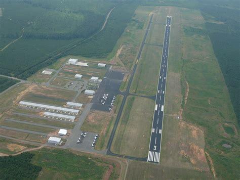 TTA - The Raleigh Executive Jetport @ Sanford-Lee County ...