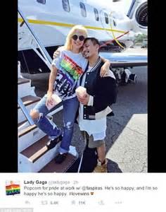 Itunes Jazz Charts Uk Lady Gaga Wears Homemade Rainbow T Shirt After