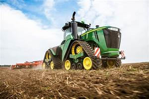 Farmers Are Hacking Their Tractors So They Can Actually