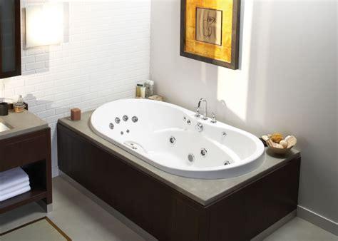 Bathtubs Idea Interesting Two Person Jacuzzi Bathtub 2