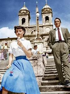 ROMAN HOLIDAY, from left: Audrey Hepburn, Gregory Peck ...