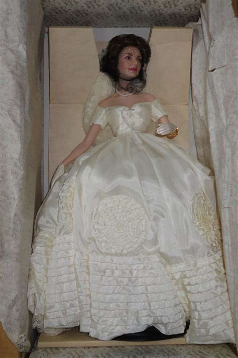Franklin Mint Heirloom Porcelain Doll Jackie Jacqueline