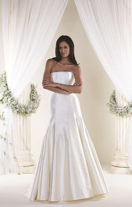 amal alamuddin wedding dresses