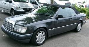 Mercedes W124 Cabriolet : file mercedes w124 cabrio front wikimedia commons ~ Maxctalentgroup.com Avis de Voitures