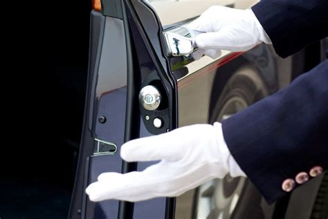 chauffeurs  limousines sentinel protection