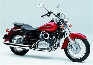 Shadow 125 Occasion : honda 125 shadow vt 2001 fiche moto motoplanete ~ Medecine-chirurgie-esthetiques.com Avis de Voitures