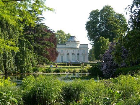 Jardin De Bagatelle Soirée by Parc De Bagatelle Wikip 233 Dia