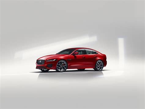 Jaguar Sedan 2020 by Jaguar Unveils 2020 Xe Sport Sedan Model