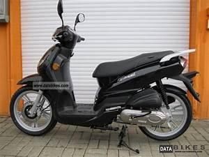 Peugeot Scooter 50 : 2010 peugeot tweet 50 moto zombdrive com ~ Maxctalentgroup.com Avis de Voitures