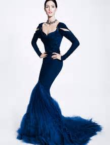 Zac Posen Formal Evening Dresses V-Neck Mermaid Tulle Celebrity Dress Backless Tiers Beads Sweep Train Red Carpet Gowns