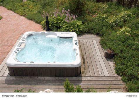 » Whirlpool Outdoor (jacuzzi Für Den Garten