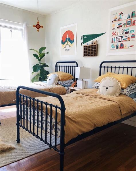 You can also choose colors that clash to make the room more unique, for example mixing red, gray, and white to complete the decor. The Coolest Shared Rooms for Boys - Petit & Small