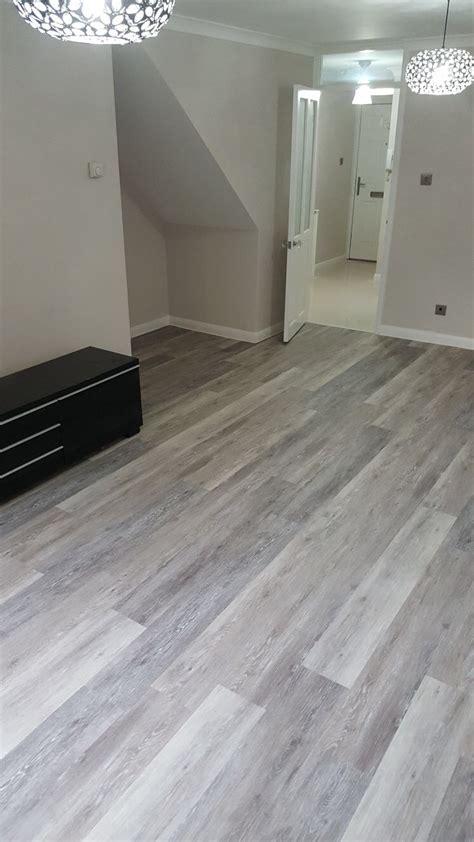 amtico grey wood flooring  wandsworth  flooring group