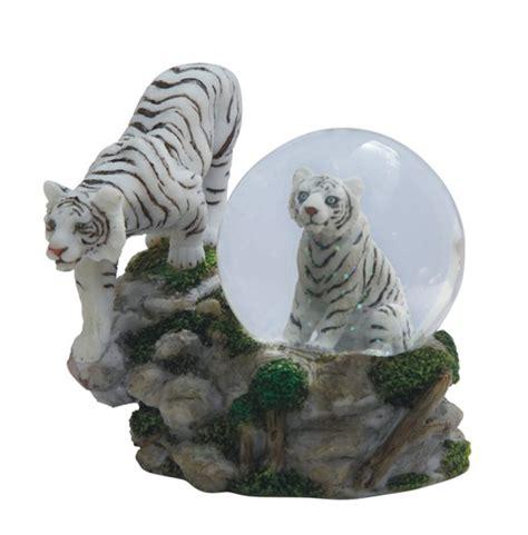 snow globe white tiger  cub gsc imports