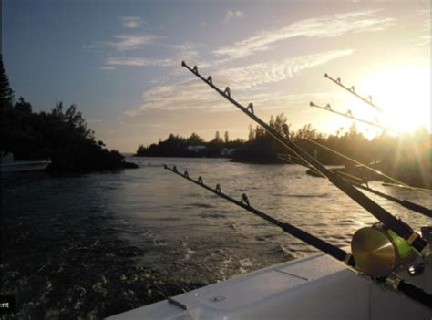 Deep Sea Fishing Bermuda Party Boat that s me trying to catch a fish which i failed horribly