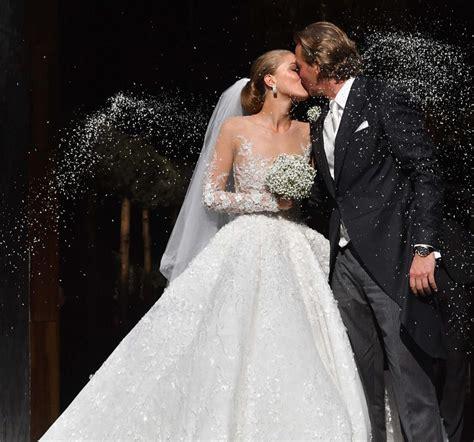 Check out full gallery with 65 pictures of victoria swarovski. Victoria Swarovski: Die Schönsten Fotos Ihrer Hochzeit ...