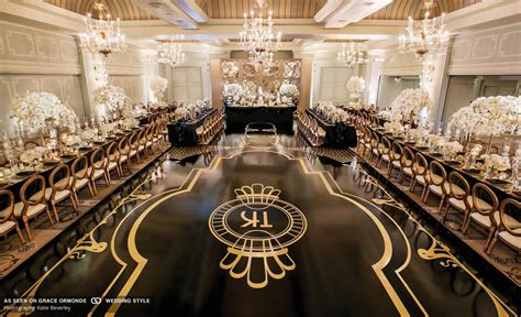 Great Gatsby inspired décor in black white and gold