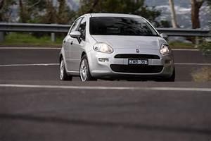 Fiat Punto Pop : fiat punto pop manual first drive practical motoring ~ Medecine-chirurgie-esthetiques.com Avis de Voitures