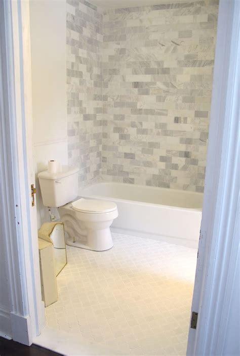 amazing polished marble tile  bathroom floor