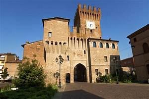 Itinerari Modenesi Le 4 curiosità sul Castello di