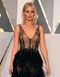 Jennifer Lawrence 2016: Oscars Red Carpet Fashion Through ...