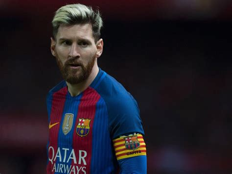 Lionel Messi transfer news: Manchester City 'ready' £200m ...