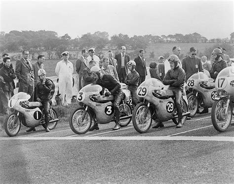 Vintage Motorcycle Racing Photos