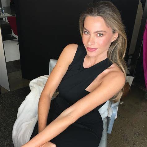 sofia vergara instagram sofia vergara s sexiest instagram pictures popsugar latina