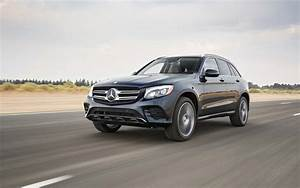 Mercedes Classe Glc : comparison mercedes benz glc class glc300 4matic 2017 ~ Dallasstarsshop.com Idées de Décoration