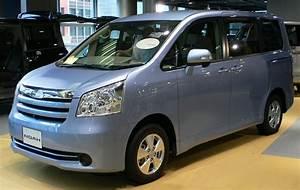 Toyota Noah 2 0 I 156 Cv Os Dados T U00e9cnicos Do Carro  Poder  Torque  Capacidade Do Tanque De
