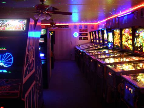 L'arcade Home Interiors : Amazing 80's Home Arcade Game Room