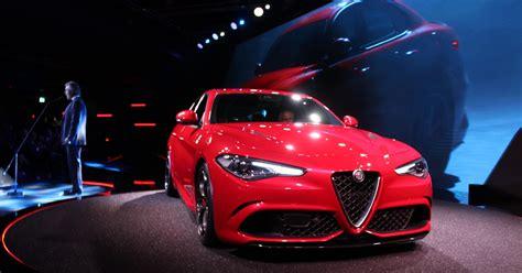 Chrysler Alfa Romeo by Fiat Chrysler Unveils Alfa Romeo Giulia Midsize Sedan