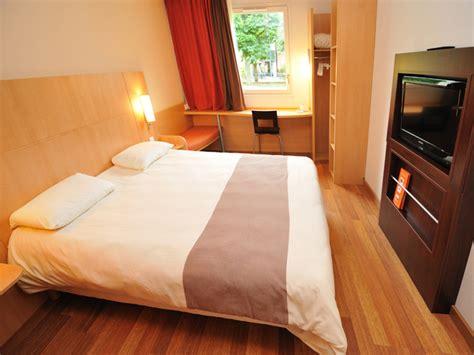 hotel ibis maisons laffitte h 244 tel maisons laffitte week end sportif week end golf 224 l h 244 tel ibis yvelines tourisme