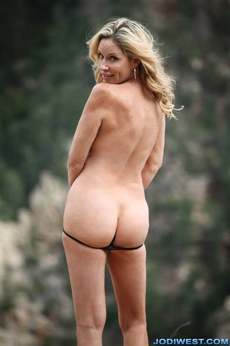 Jodi West Cliffside Hiking Image Gallery Photos Adult
